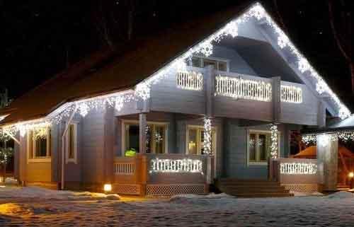 прикрасити будинок сад до нового року