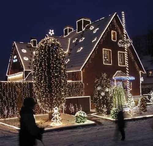 прикрасити будинок сад ілюмінація новий рік