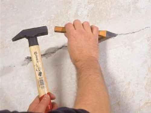 ремонт стін тріщина у стіні чим зашпаклювати