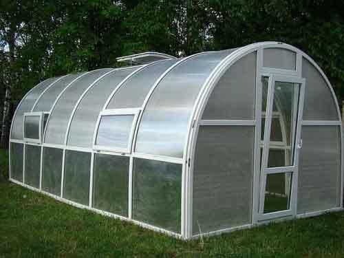 теплиці з полікарбонату для вирощування овочів