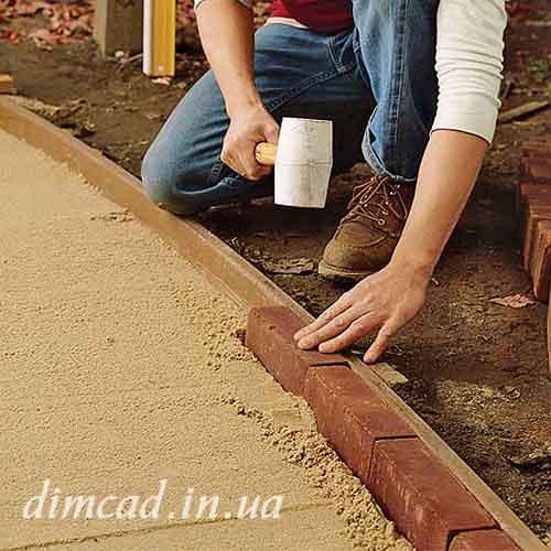 садові доріжки із кирпича цегли своїми руками. Як правильно укладати бордюрний камень