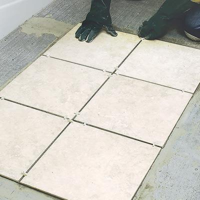 укладання плитки на підлогу фото відео