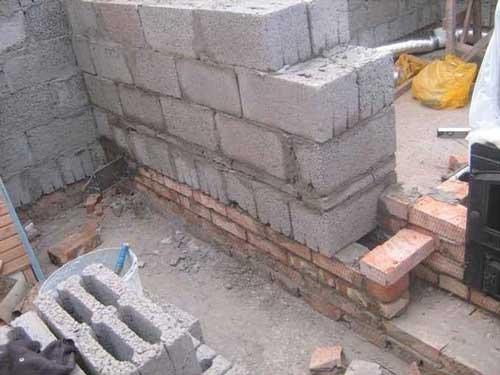Как сделать кладку из керамзитобетонных блоков своими руками 13
