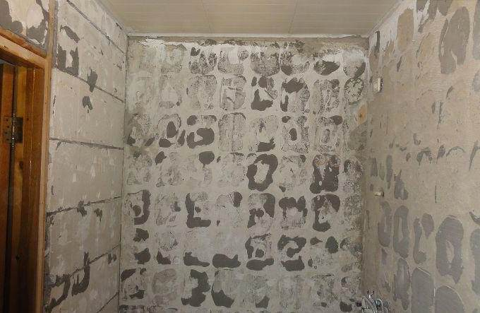 як підготувати поверхню стін для укладання керамічної плитки