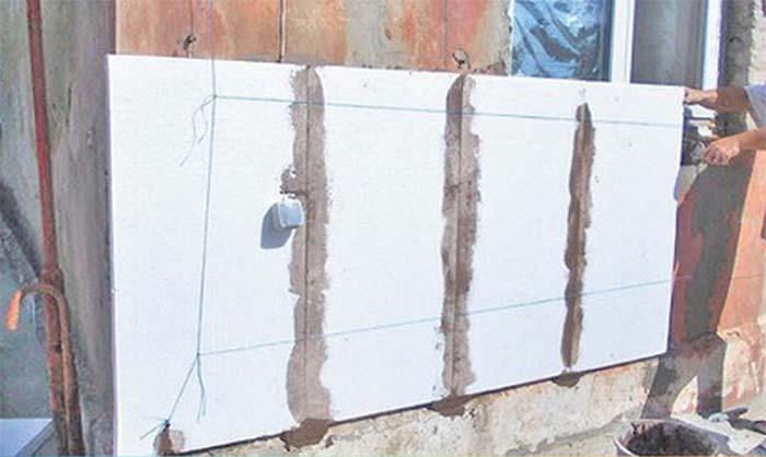 монтаж пінопласту на стіну